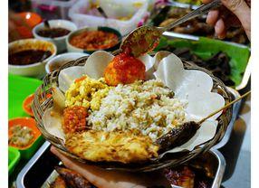 9 Kuliner Tengah Malam Bandung Buat Para Kalong yang Suka Begadang