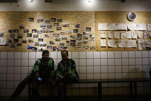 Foto 7 - Interior di Sana Coffee oleh yudistira ishak abrar