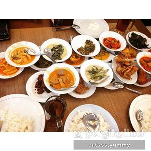 Foto - Makanan di RM Indah Jaya Minang oleh Yummy Eats