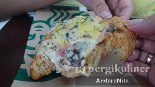 Foto 3 - Makanan di Starbucks Coffee oleh AndaraNila
