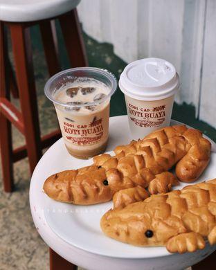 Foto review Cap Roti Buaya No. 72 oleh Vina | Eat and Leisure 4