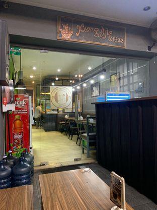 Foto 4 - Interior di Kong Djie Coffee Belitung oleh Wawa   IG : @foodwaw