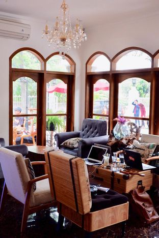 Foto 23 - Interior di Louis Coffee oleh yudistira ishak abrar