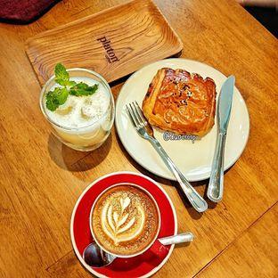 Foto 24 - Makanan di Platon Coffee oleh duocicip