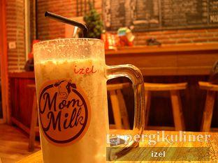 Foto 1 - Makanan di Mom Milk oleh izel / IG:Grezeldaizel