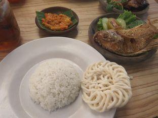 Foto 3 - Makanan di Dapoer Penyet oleh Jey