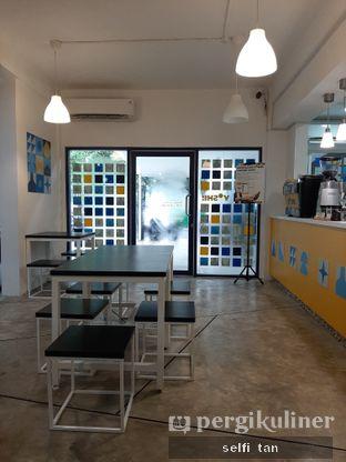 Foto 5 - Interior di Yoshi! Coffee oleh Selfi Tan