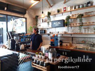 Foto 8 - Interior di Alcal Coffee oleh Sillyoldbear.id