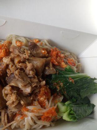 Foto 3 - Makanan di Mie Ayam Gondangdia oleh Fuji Fufyu