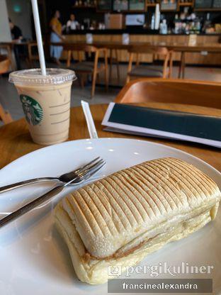 Foto review Starbucks Coffee oleh Francine Alexandra 1