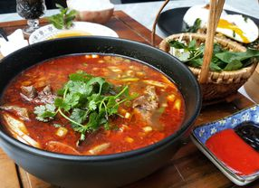11 Restoran Vietnam di Jakarta yang Wajib Kamu Coba