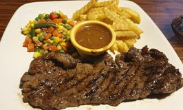 RAY'S Steak & Grill