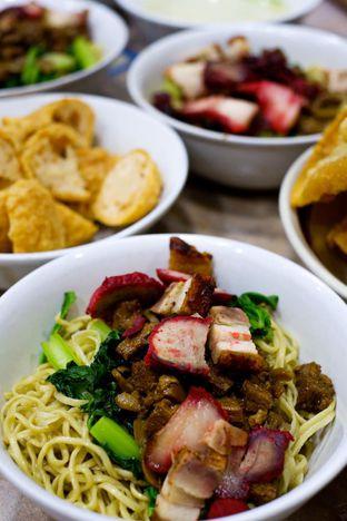 Foto 4 - Makanan di Bakmi Aboen oleh Duolaparr