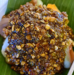 Foto 2 - Makanan di Rujak Kolam Medan oleh vio kal