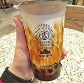 Foto Brown Sugar Milk Tea di Tiger Sugar