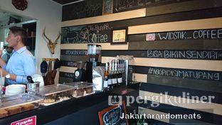 Foto 17 - Interior di Widstik Coffee oleh Jakartarandomeats