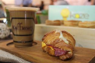 Foto 8 - Makanan di Koffienery oleh Yummyfoodsid