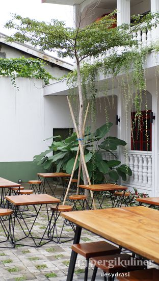 Foto 9 - Interior di Bahagia Kopi oleh Desy Mustika