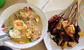 Sop Kaki Kambing & Sate Ayam Udin Kumis 199