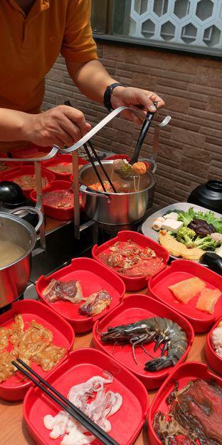 Foto 8 - Makanan di Nahm Thai Suki & Bbq oleh om doyanjajan