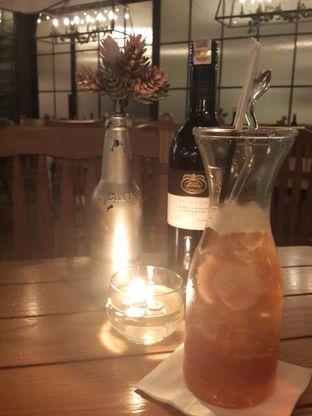 Foto 1 - Makanan(Lychee Iced Tea) di Clique Kitchen & Bar oleh @stelmaris