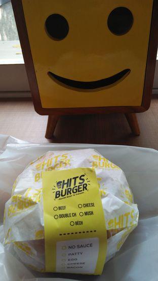 Foto 6 - Makanan di Hits Burger oleh Review Dika & Opik (@go2dika)