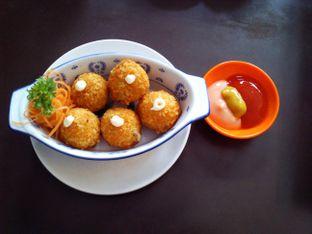 Foto 4 - Makanan(Bitterballen) di Rumah Lezat Simplisio oleh Nabila