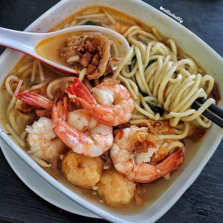 Foto 2 - Makanan(Mie udang singapore spesial) di Lotus - Mie Udang Singapore oleh Stellachubby