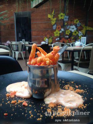 Foto 3 - Makanan(mac and cheetos) di Colibri Cafe & Bakery oleh a bogus foodie