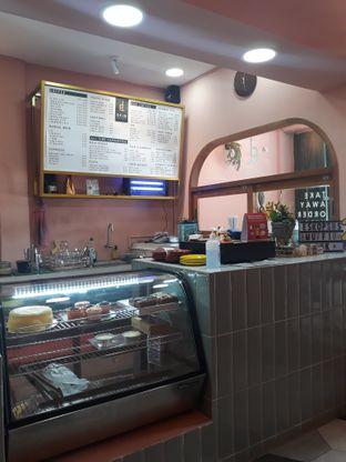 Foto 5 - Interior di Deja Coffee & Pastry oleh Mouthgasm.jkt
