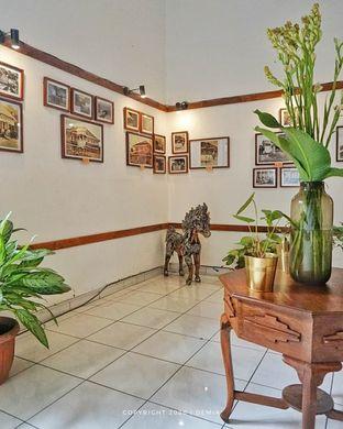 Foto 15 - Interior di Herbal House oleh @demialicious