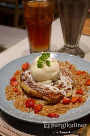 Foto 1 - Makanan(Britt's Cinnamon Pancake) di Nanny's Pavillon oleh Shella Anastasia