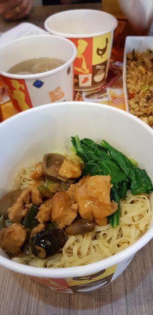 Foto 5 - Makanan di Bakmi GM oleh Meri @kamuskenyang