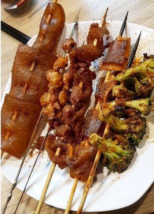 Foto 3 - Makanan(Sate Khas China) di SK 7 oleh CumaYangEnak