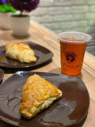 Foto review Y Bakery & Coffee oleh Jeljel  1