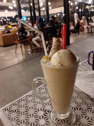Foto 5 - Makanan(Vanila marshmallow) di Breeve Hills Resto & Cafe oleh Afie Putri