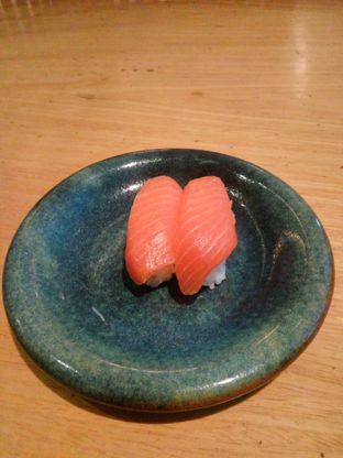 Foto 1 - Makanan(Salmon) di Sushi Tei oleh Fadhlur Rohman