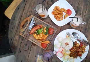 Foto 1 - Makanan di Mom Milk oleh yudistira ishak abrar