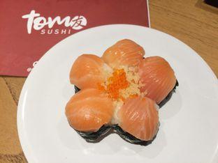 Foto 6 - Makanan(Flower Sushi) di Tom Sushi oleh Irine