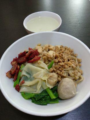 Foto 1 - Makanan di Bakmi Ka Heng oleh Wignyo Wicaksono