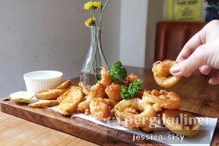 Foto review Please Please Please oleh Jessica Sisy 1