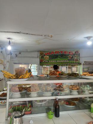 Foto 2 - Interior di Warteg Gang Mangga oleh Junior
