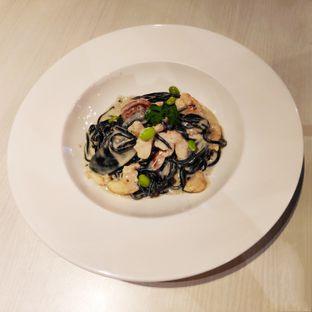 Foto 1 - Makanan(Seafood tagliolini al nero) di Briosse Kitchen & Coffee oleh melisa_10