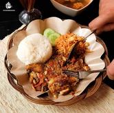 Foto PaHe 1 ; Nasi + Ayam Gepuk + Mie Goreng Setan + Sayur Asem + Es Teh di Ayam Bebek Mafia