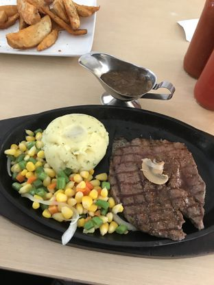 Foto review Steak 21 oleh Kami  Suka Makan 1