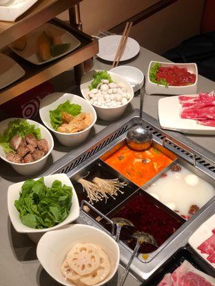 Foto 8 - Makanan di Haidilao Hot Pot oleh feedthecat