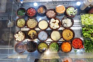 Foto 4 - Interior di Salad Bar oleh Lydia Fatmawati