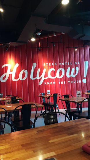 Foto 5 - Interior di Steak Hotel by Holycow! oleh Stefy Tan