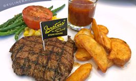 Justus Steakhouse