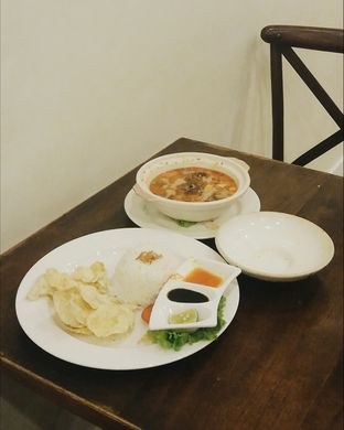 Foto 3 - Makanan(Soto Tangkar) di Lake View Cafe oleh Elaine Josephine @elainejosephine
